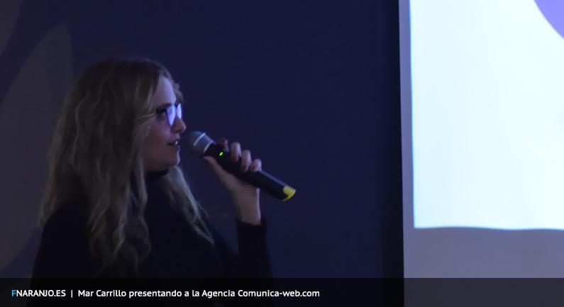 Mar Carrillo presentando a la Agencia Comunica-web.com